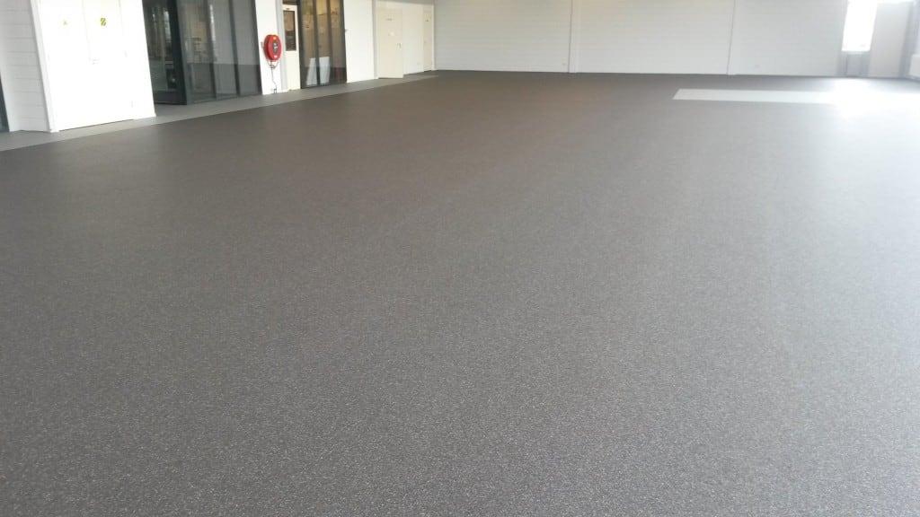 Siergrindvloer showroom Den Bosch   Van Tol Vloeren