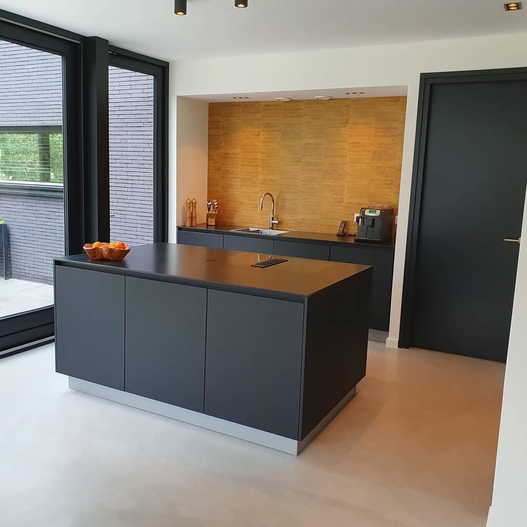 Betonciré vloer 2 | Vantolvloeren.nl